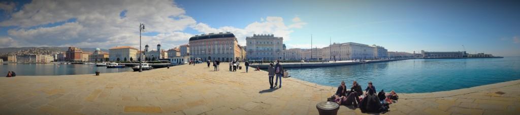 Trieste-panorama-molo-audace