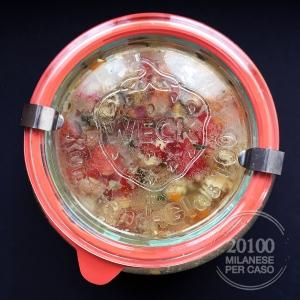 zuppa-legumi-misti-origano-pomodoro-cottura-in-barattolo